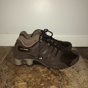 Nike Shoes - Nike Shox NZ EU Brown - size 10.5 US
